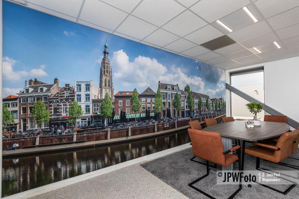Kleurrijk textielframe met panorama Breda Haven